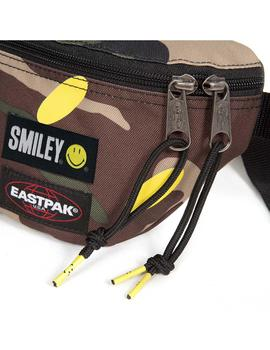Riñonera Eastpak Springer Smiley Camo